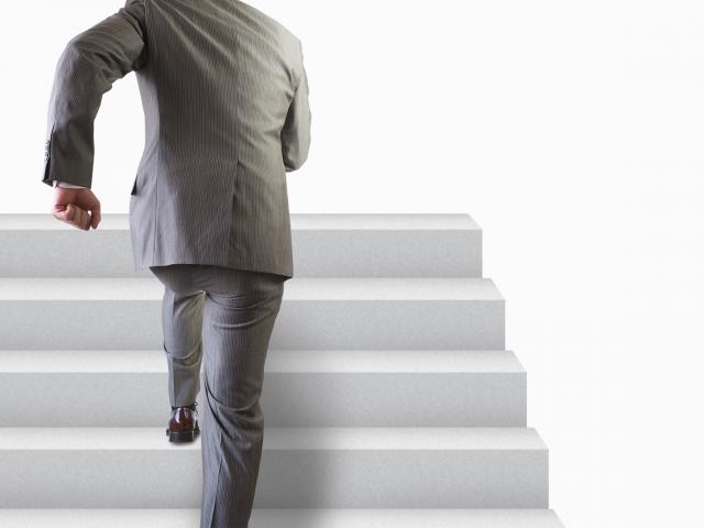 起業の不安はつきない……解決・対策方法を考えて打ち勝とう!