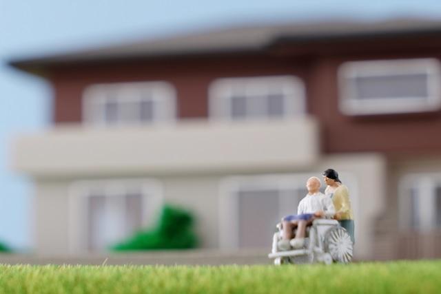 訪問介護事業を開業するために必要なこととは?開業資金目安もご紹介